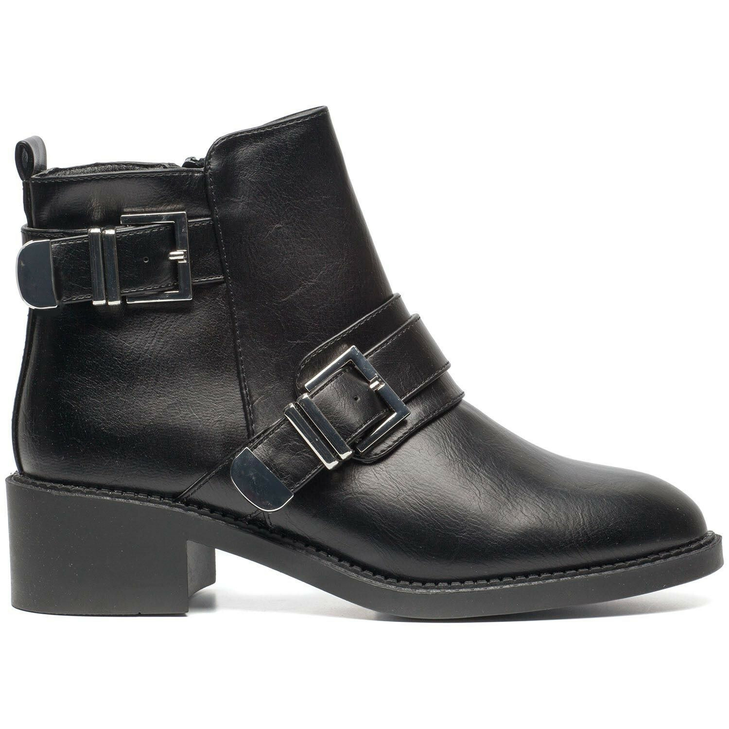 THE MINIMALIST BUCKLE BOOTS