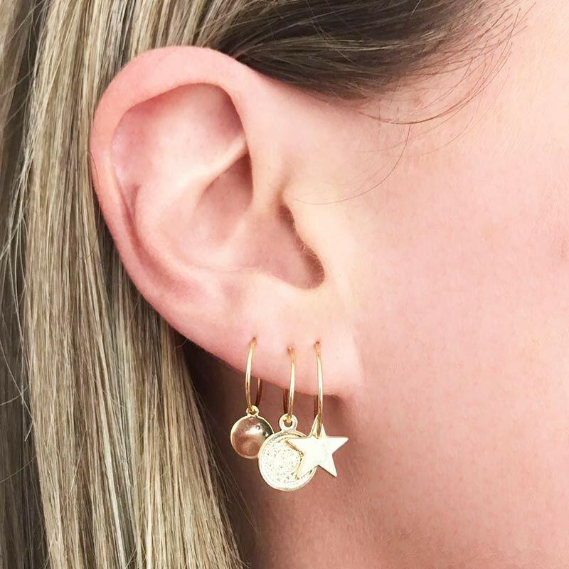 SILVER ROUND PETAL EARRINGS