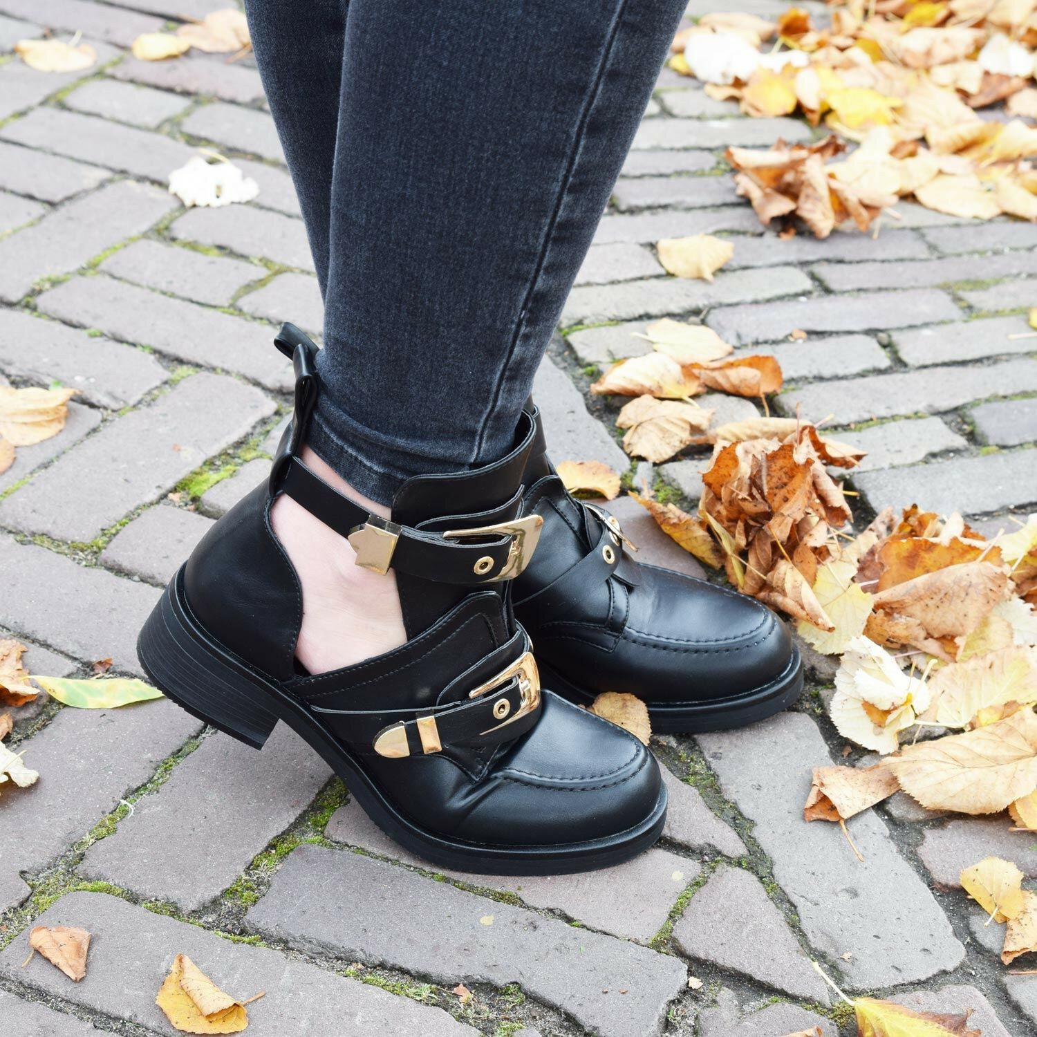 BLACK CUT OUT BUCKLE BOOTS