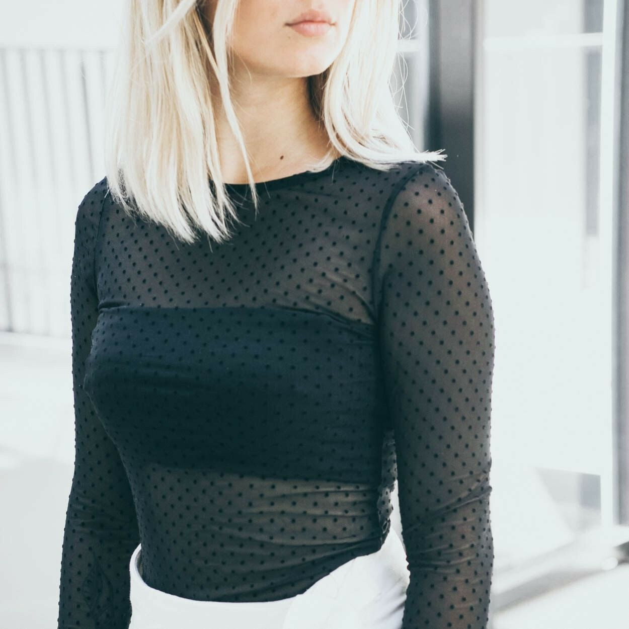MESHED UP TINY DOTS TOP