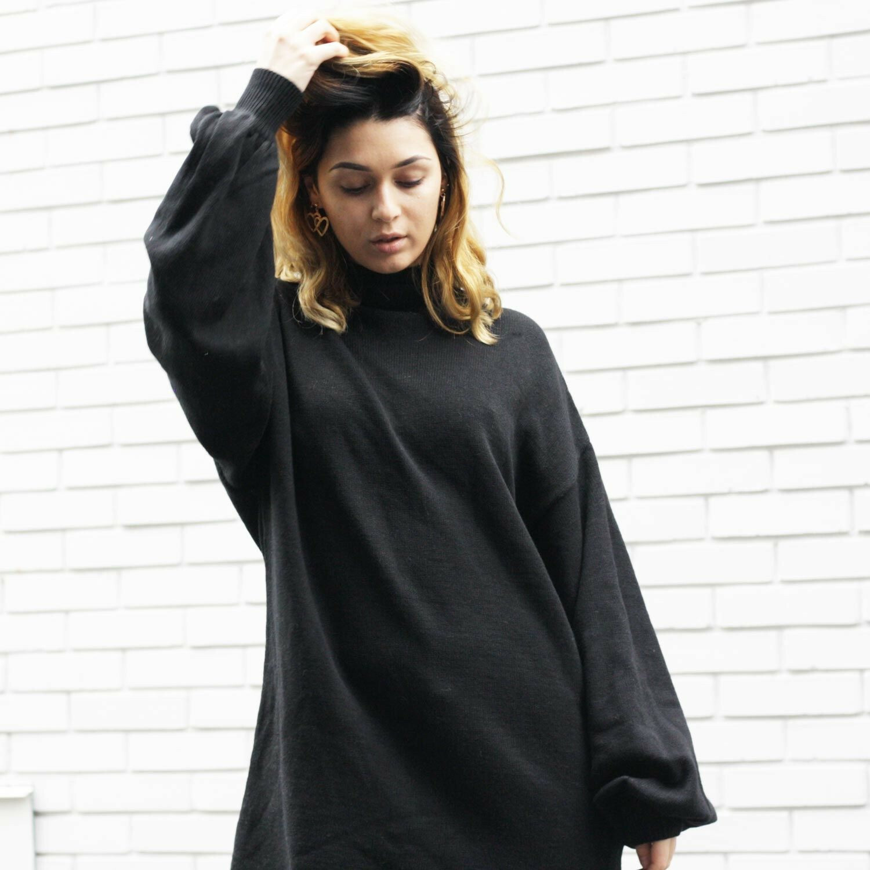 BALLOON SLEEVED DRESS BLACK
