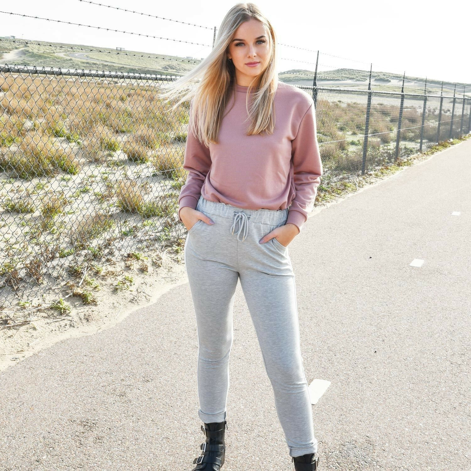 SPORTY PINK SWEATER