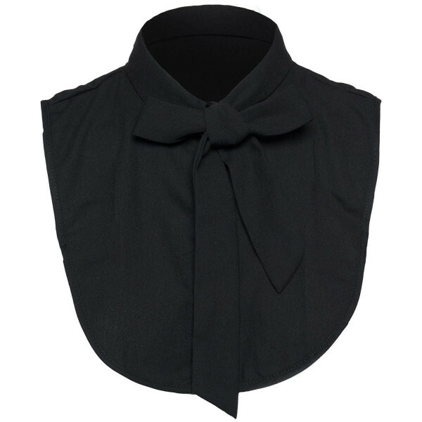 BLACK BOWTIE COLLAR