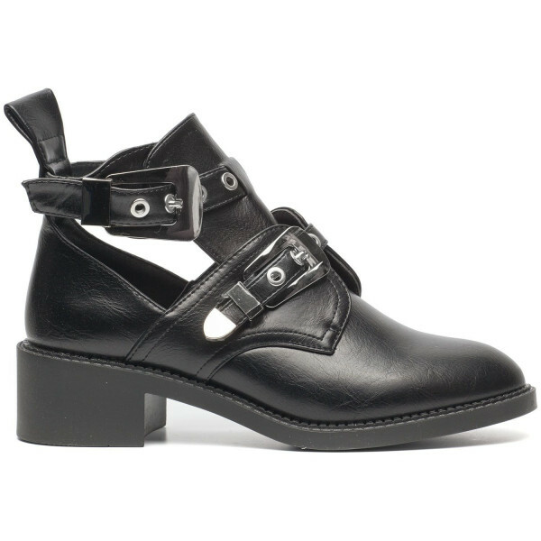 SILVER BUCKLE BOOTS