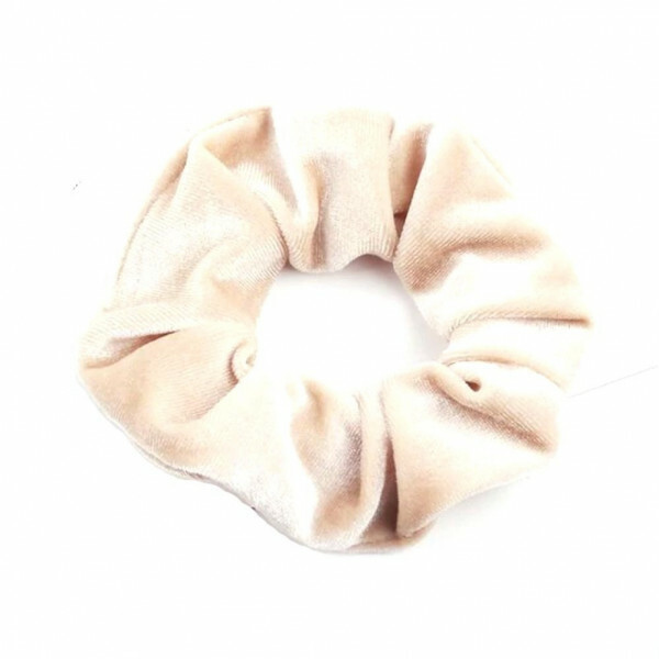 VELVET SCRUNCHIE CREAM